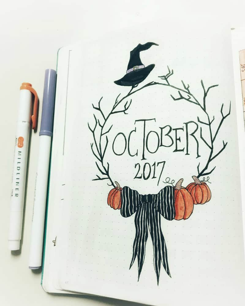 Halloween theme bullet journal layouts including October monthly cover page by @murs_bullets_journal42