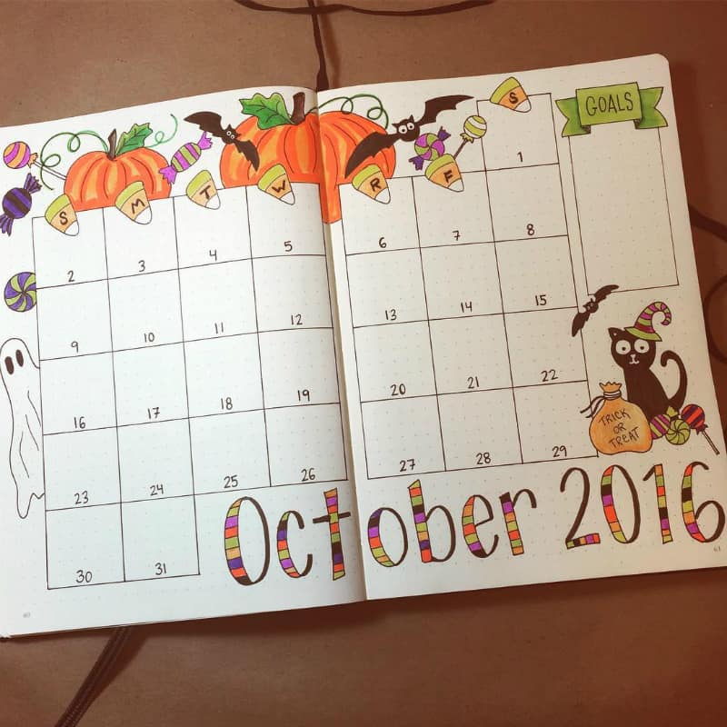 Bullet journal halloween theme monthly log by @planyourplanner