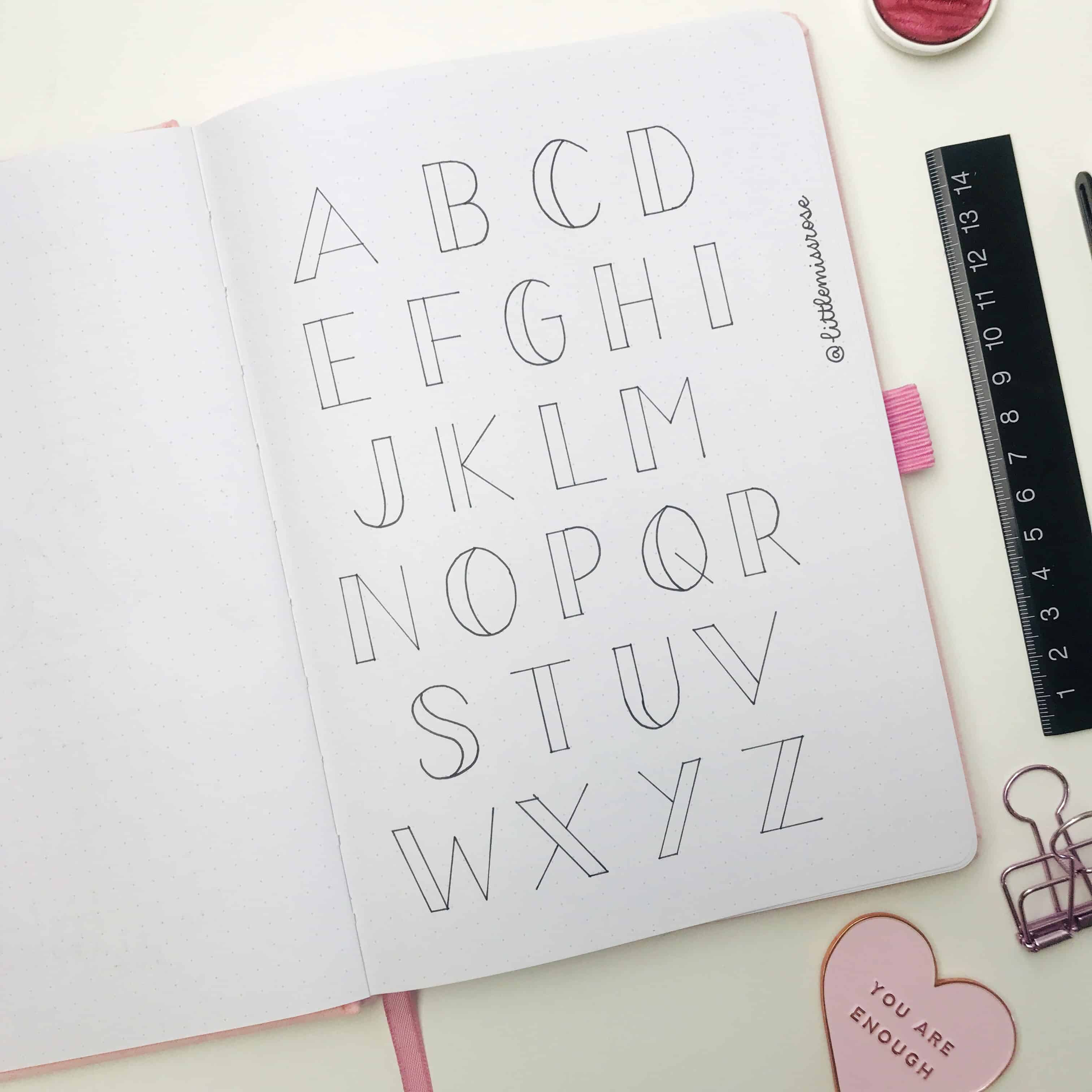 Romantic hand lettering ideas for your bullet journal - block alphabet