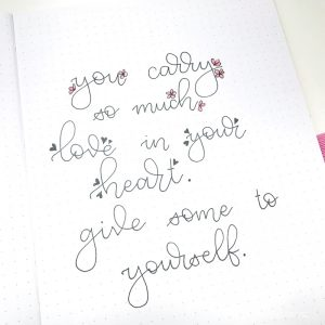 Romantic hand lettering ideas - hearts | Little Miss Rose