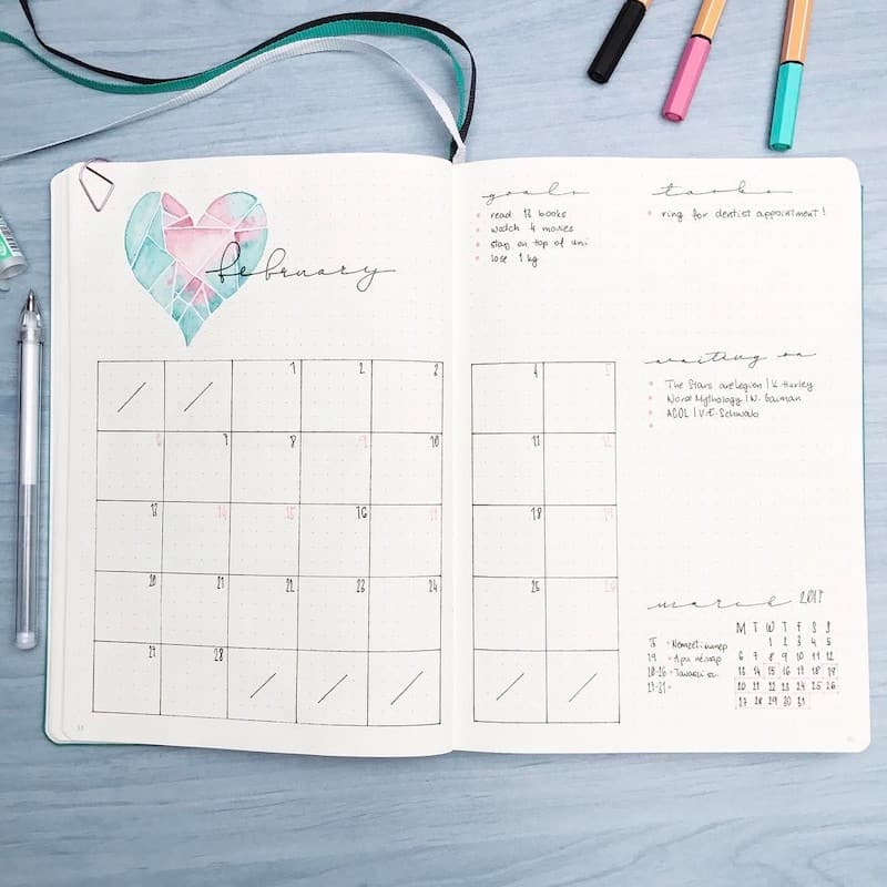Amazing Valentine's Day theme ideas for your bullet journal - monthly log by @rozmakesplans